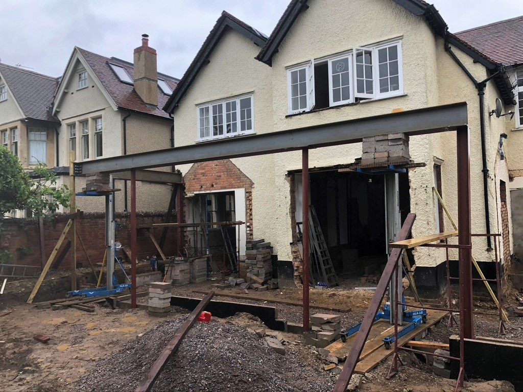 House extension support beams